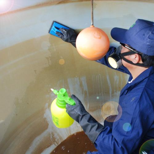 تنظيف خزانات وتعقيم الخزان فى دبي