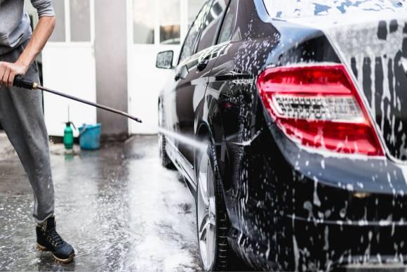 شركة تنظيف سيارات بالسارقة